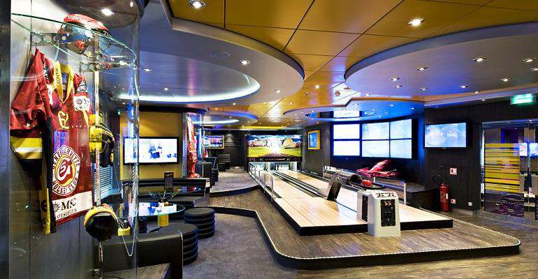 Sports Bar Bowling