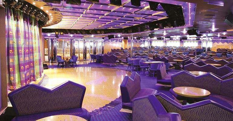 Capri Lounge