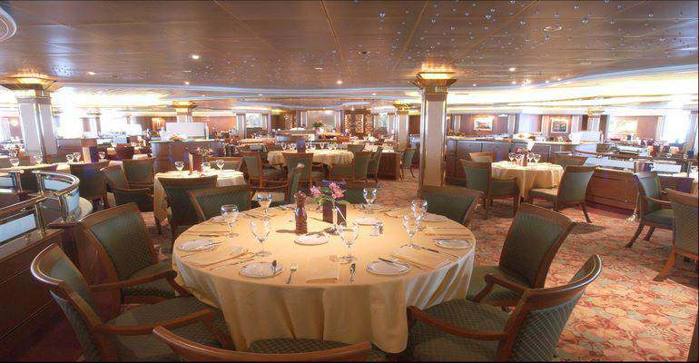 """La salle de restaurant """"Bordeaux"""""""