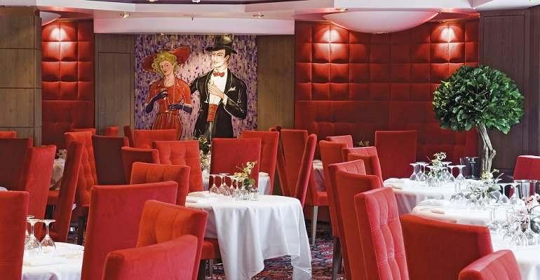 Le Maxim's Restaurant