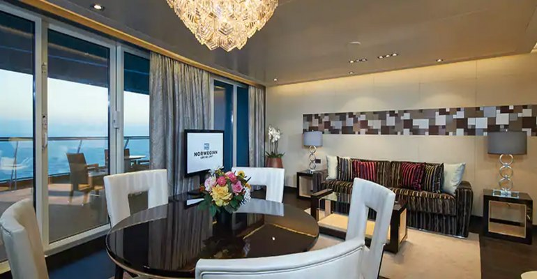 The Haven Deluxe Owner's Suite avec Grand Balcon - H2