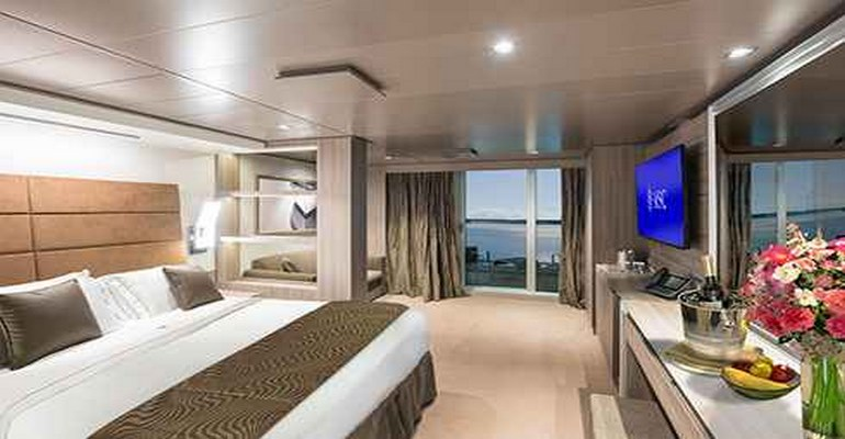 Deluxe Suite Yacht Club - YC1